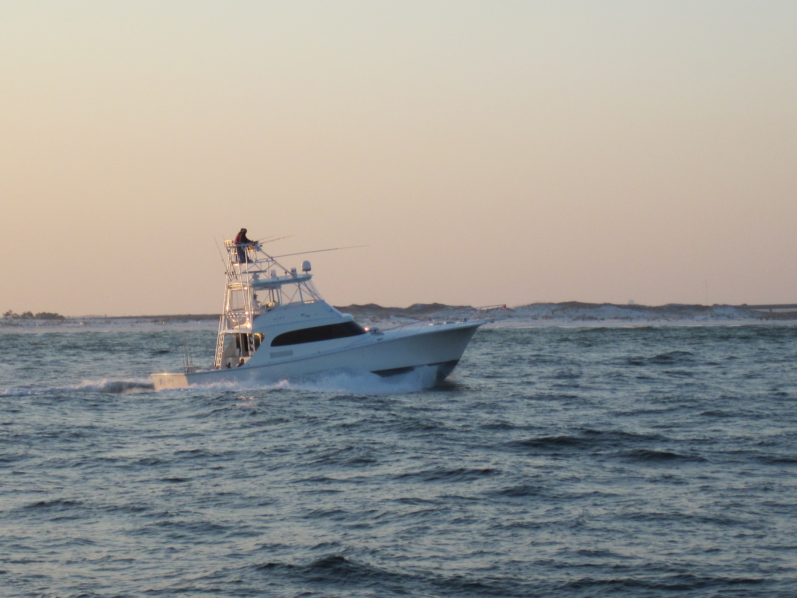 Deep sea fishing in beautiful destin florida northwest for Party boat fishing destin fl