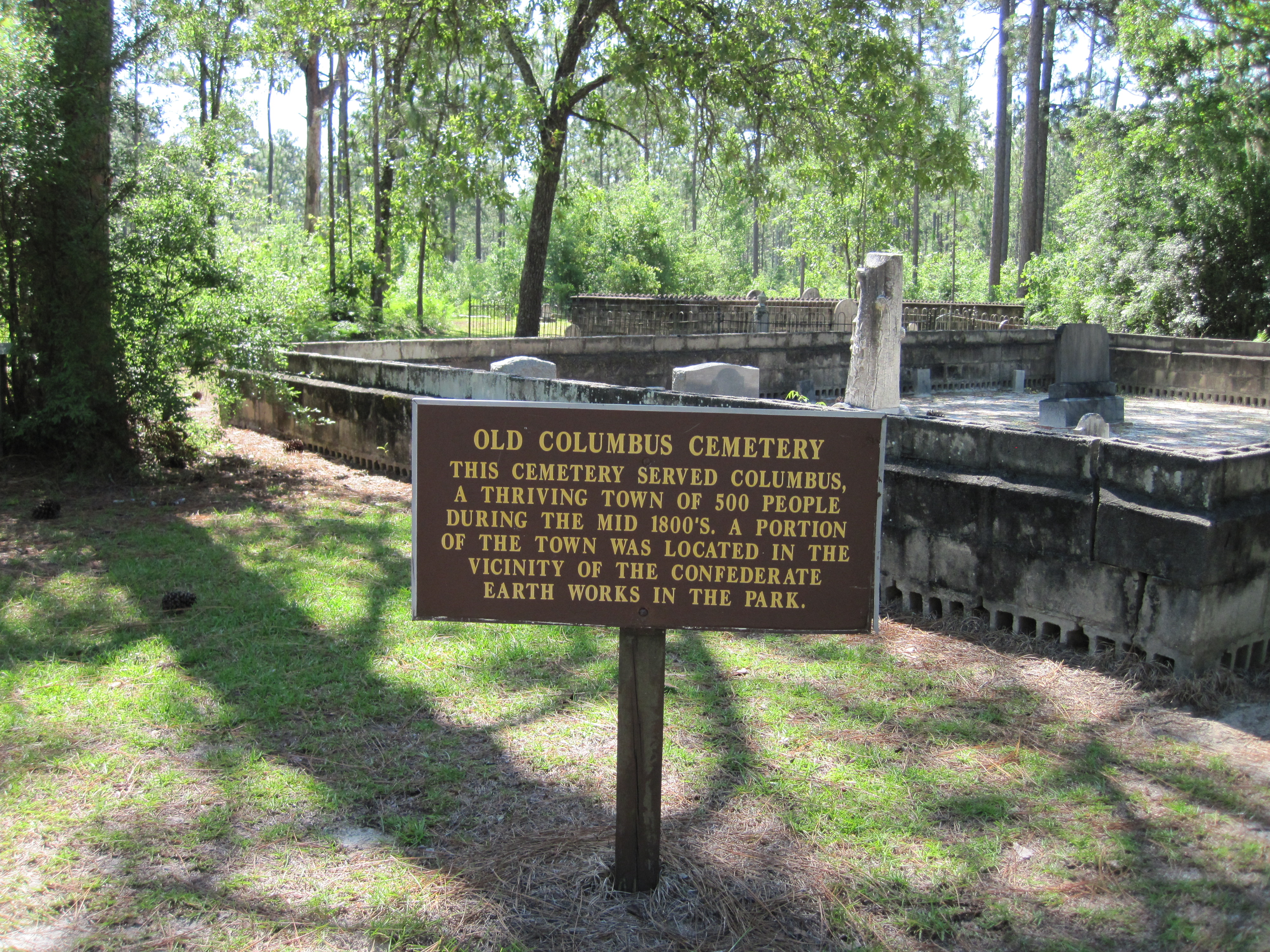 Beau Columbus Cemetery At Suwannee River State Park